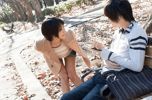 公園で話すRikuとタツ