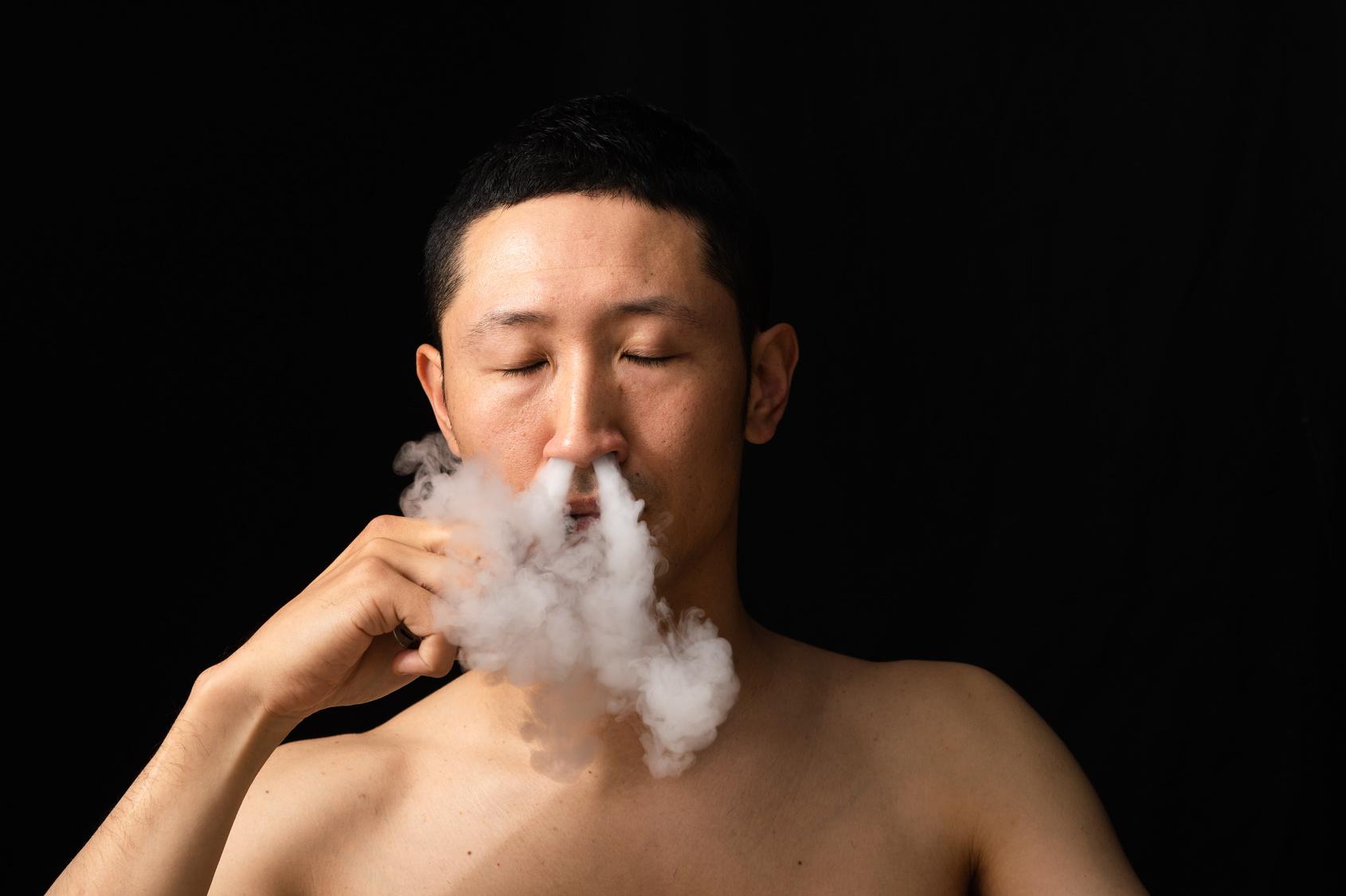 男性の鼻息