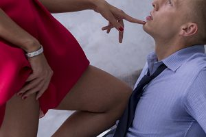 誘惑する女性