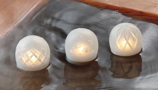 お風呂に浮かべたiroha ukidaruma